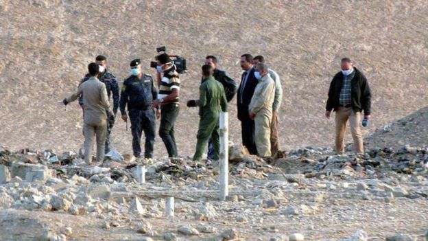 Mass graves in Iraq reveal Islamic State horrors