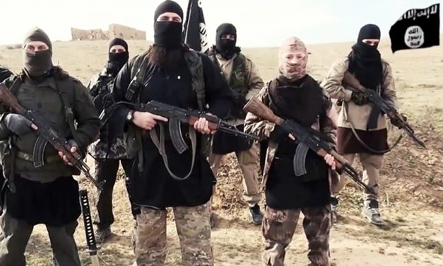 Isis commanders 'liaised with plotters planning to attack UK in past year'