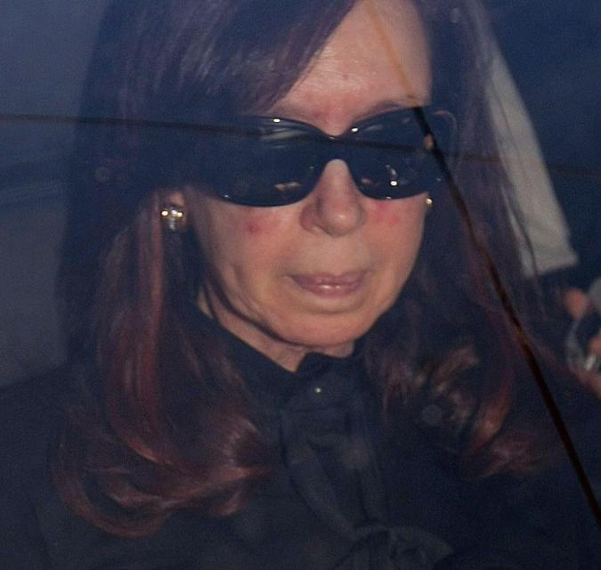 Ex-Argentina UK/Falklands hating president Cristina de Kirchner charged with corruption & has £525m assets frozen